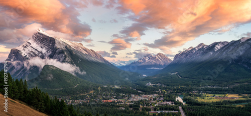 Wall mural Sunset of Mount Rundle in Banff National Park taken from Norquay