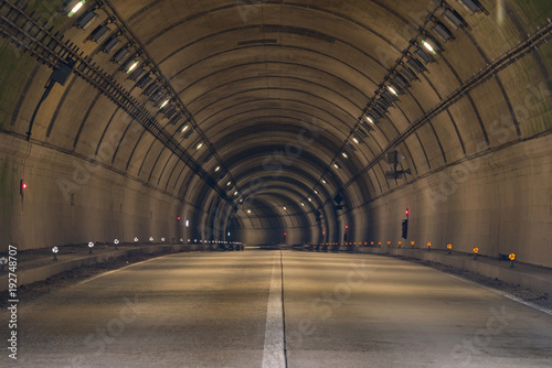 Tuinposter Nacht snelweg Tunnel Road