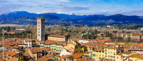 Aluminium Freesurf Landmarks of Italy - beautiful medieval town Lucca in Tuscany. City view from Guinigi tower
