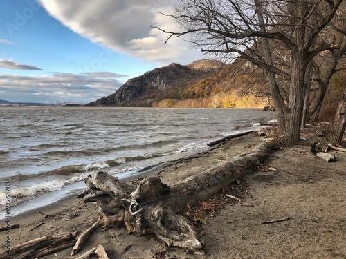 Fotobehang Bergrivier Hudson valley during fall