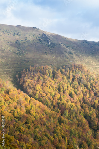 Fotobehang Herfst Mountain of love. The shape of the heart in the mountains.