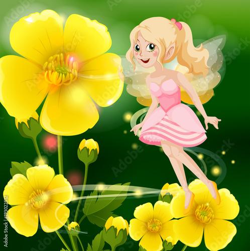 Papiers peints Jeunes enfants Cute fairy in pink dress flying in flower garden