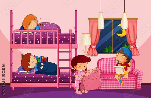 Papiers peints Jeunes enfants Four children in bedroom with bunkbed
