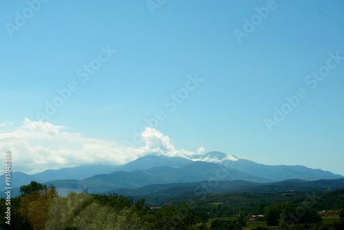 In de dag Blauw Pyrenees mountains landscape.