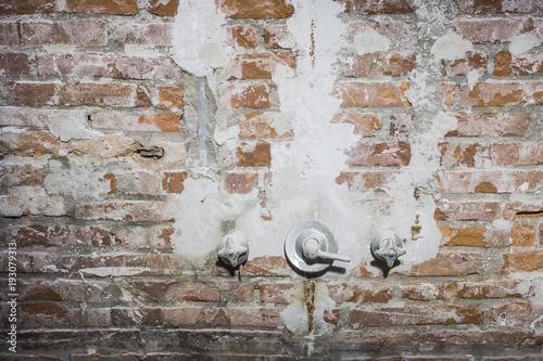 Tuinposter Baksteen muur Orange brick interior wall remodelling plain texture detail