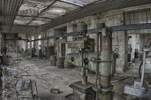 Aluminium Oude verlaten gebouwen das alte bohrwerk