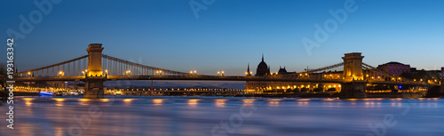 Chain bridge in Budapest night view