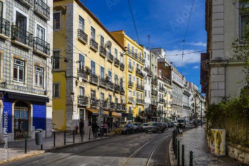 Lissabon – Straße im Bairro Alto