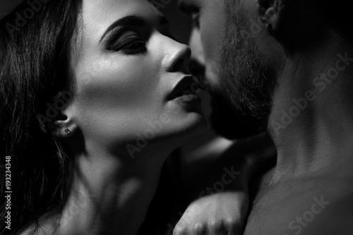 Black and white image of loving couple. Going to kiss. - 193234348