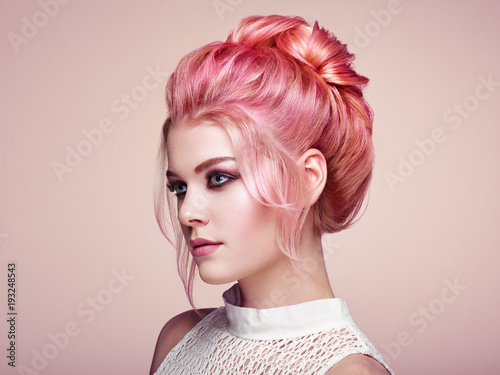 Foto op Canvas Kapsalon Blonde Girl with Elegant and shiny Hairstyle. Beautiful Model Woman with Curly Hairstyle. Care and Beauty Hair products. Perfect Make-Up