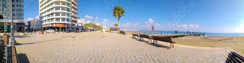 Foto op Aluminium Cyprus Larnaca Finikoudes promenade