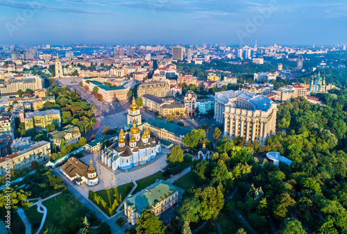 Foto op Plexiglas Kiev Aerial view of St. Michael Golden-Domed Monastery, Ministry of Foreign Affairs and Saint Sophia Cathedral in Kiev, Ukraine