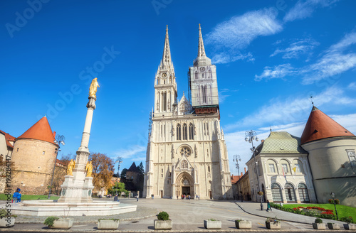 Fototapeta Cathedral and Blessed Virgin Mary monument in Zagreb. Croatia