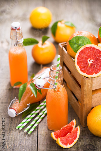 Foto op Canvas Sap Grapefruit juice in the bottle