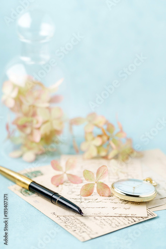 Aluminium Hydrangea vintage cards and hydrangea flowers