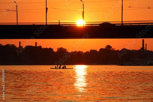 Poster Мост — искусственное сооружение, возведённое над препятствием