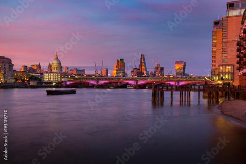 Papiers peints London London,