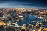London am Abend: von der Tower Bridge bis zum Finanzzentrum Canary Wharf