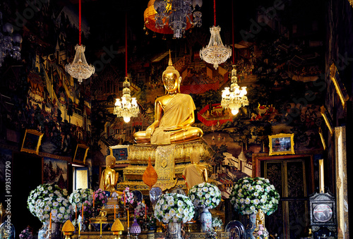 Keuken foto achterwand Bangkok Buddha statue in temple of Bangkok