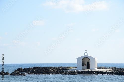 Fotobehang Lichtblauw mer chappelle crete crest phare