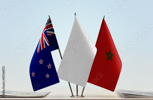 Papiers peints Maroc Flags of New Zealand and Morocco with a white flag in the middle