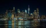 panorámica del skyline de Nueva York, durante la noche