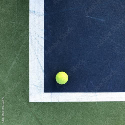 Fotobehang Tennis Tennis Ball and Tennis Court