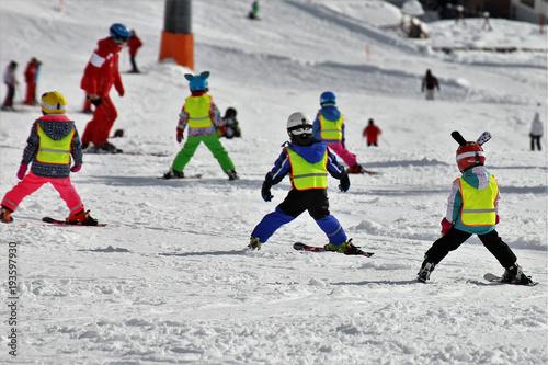 mata magnetyczna Kinder in der Skischule
