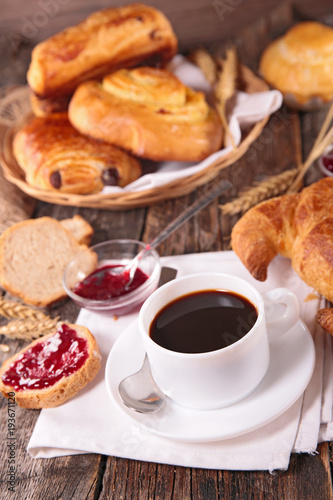 Sticker coffee cup and croissant