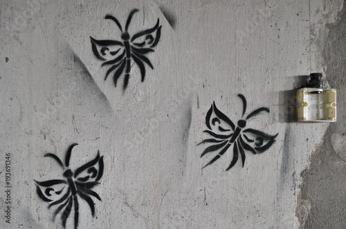 Foto op Plexiglas Graffiti Graffiti Schmetterlinge Motten