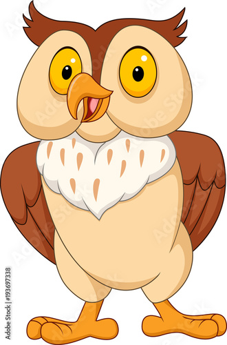 Fotobehang Uilen cartoon Cartoon funny owl isolated on white background