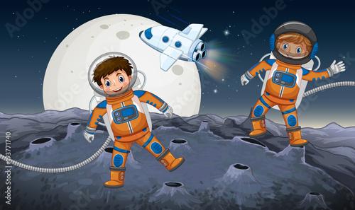 Dwóch astronautów na obcej planetcie