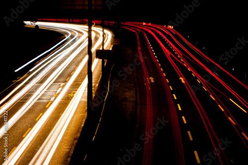 Tuinposter Nacht snelweg Verkehr bei Nacht 5