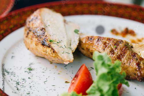 Aluminium Steakhouse Close up slices of chicken breast grill on plate