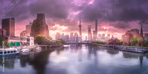 Foto op Plexiglas Shanghai Sunset view of Shanghai skyline and Huangpu river