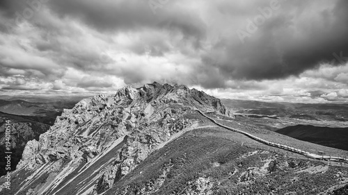 Foto op Canvas Bleke violet Black and white panoramic view of the Shika Snow Mountain, Yunnan Province, China.