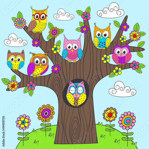 Tuinposter Uilen cartoon funny owls on the tree - vector illustration, eps