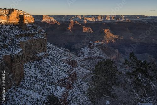 Fotobehang Grijze traf. Cliffs along Grand Canyon at sunrise; Arizona