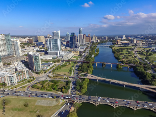 Austin Texas from Lady Bird Lake © Sascha Endlicher, MA