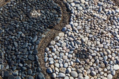 In de dag Abstractie Yin and yang of stones