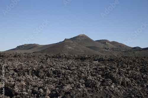 Fotobehang Canarische Eilanden Lanzarote volcano landscape