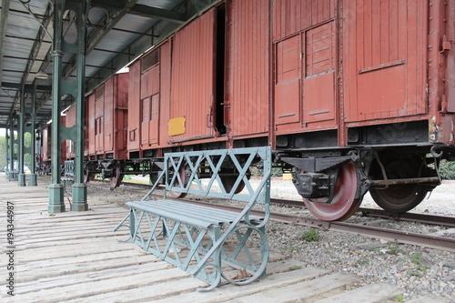 Fotobehang Spoorlijn treno vintage al museo - storia