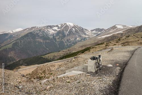 Papiers peints Gris Mountain Pass