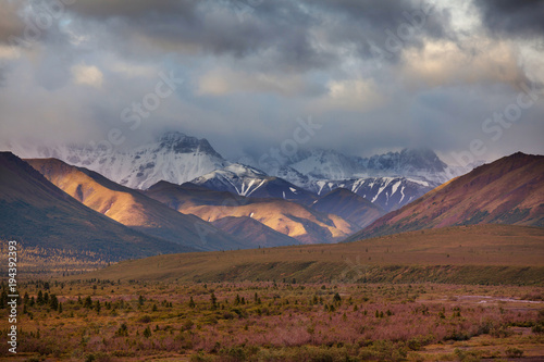 Fotobehang Galyna A. Mountains in Alaska