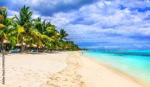 Plexiglas Freesurf White sandy beaches of exotic Mauritius island