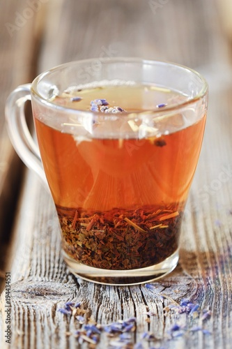 Papiers peints The Hot herbal tea with lavender on the table