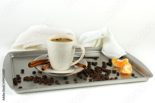 Papiers peints Café en grains Cup of coffee on a tray