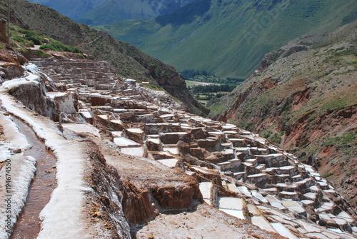 Fotobehang Donkergrijs Salt Ponds in Maras, Urubamba Valley, Peru