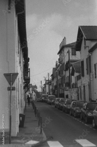 Fotobehang Smalle straatjes Biarritz