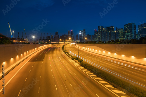 Papiers peints Autoroute nuit Singapore city, Marina bay finance and trade zone of the modern city in night at Singapore. Asia